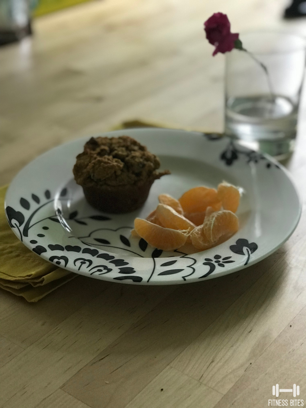 protein-muffin-fruit